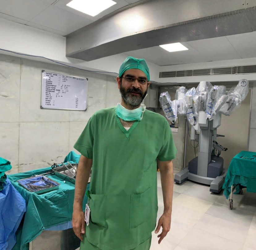 robotic surgery for prostate cancer in India Dr ashish sabharwal
